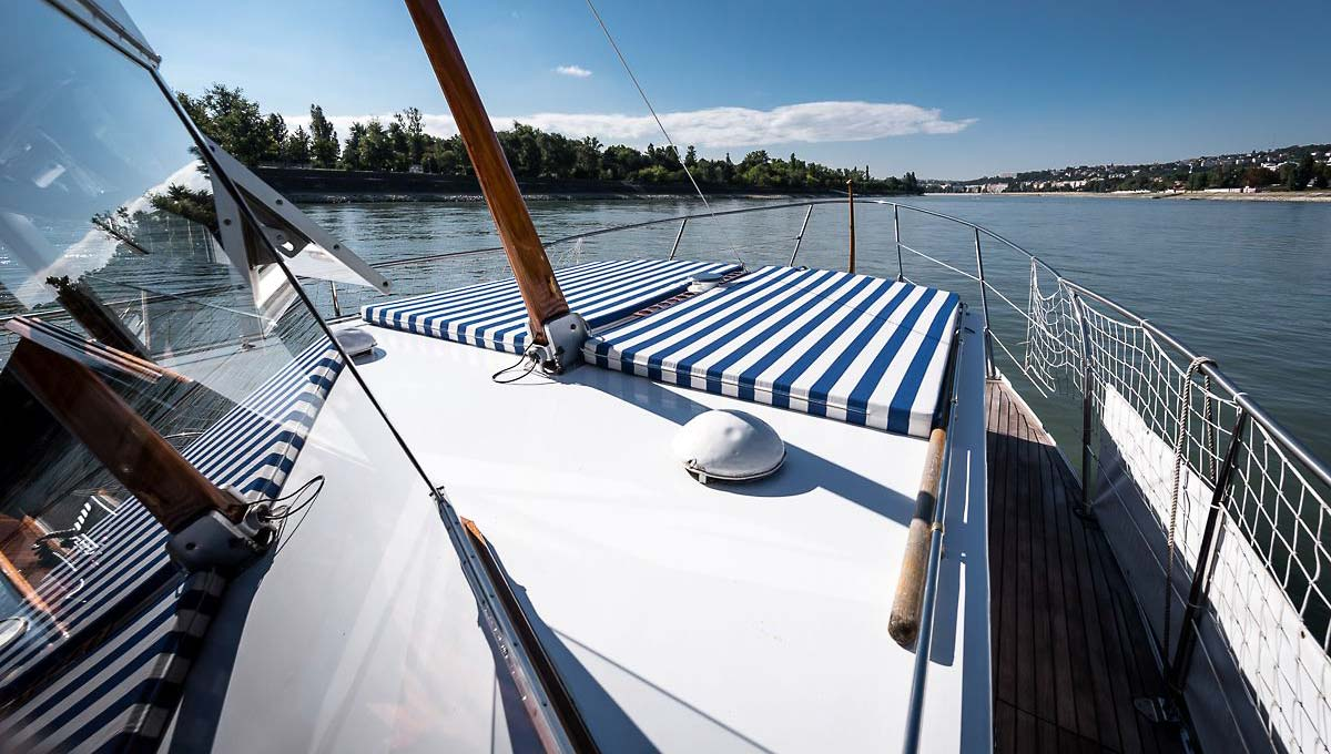 Thetis boat front
