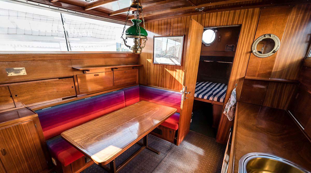 Thetis boat cabin